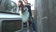 Asiatica fututa fortat si violata intr-o parcare .