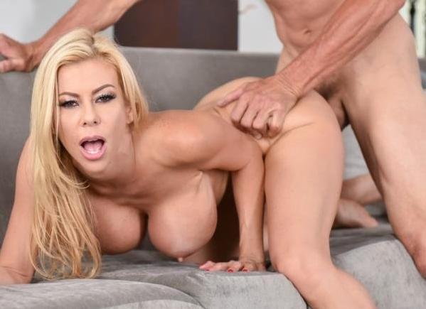 Porno Alexis Fawx sexy milf sex in bucatarie 2019 HD . 7
