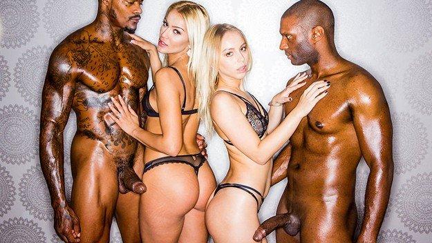 Filme pentru adulti cu doua blonde futute de negri . 9