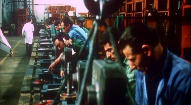 PDVD 166 Zihinlere Dayatılan Duvarlar: La classe operaia va in paradiso
