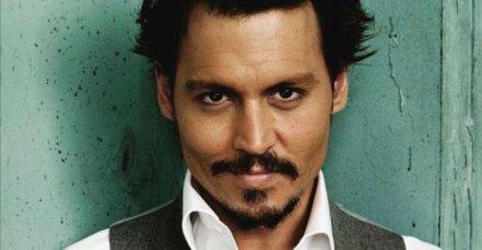 Johnny Depp is Grindelwald