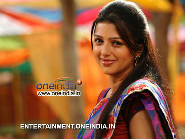 Tamil Movie Wallpapers With Quotes Bhumika Chawla Deliver Baby Boy Husband Bharath Thakur