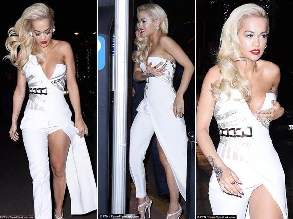 Foto Rita Ora Pegangi Payudaranya Di Festival Film Cannes 2015