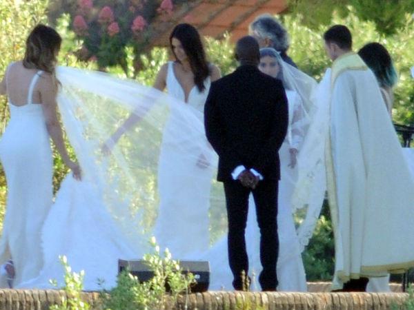 Kim Kanye Wedding  Kim Kardashian Kanye West Wedding Pics