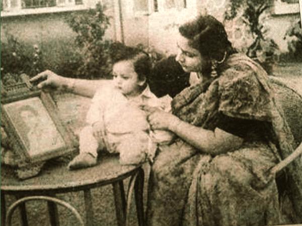Image result for shahrukh khan childhood