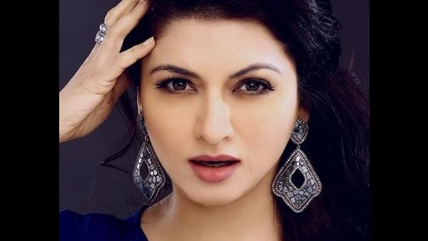 Bhagyashree Had Rejected Salman Khan's Maine Pyar Kiya Seven Times Before Giving Her Nod To It