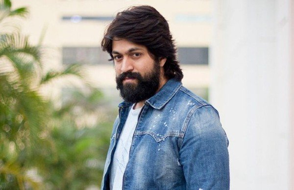 KGF Actor Yash Vows To Help 3000 Members Of The Kannada Film Fraternity