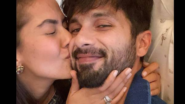 Shahid Kapoor Surprises Wife Mira Rajput With A Flower Bouquet, Latter Says 'That's How You Melt My Heart'