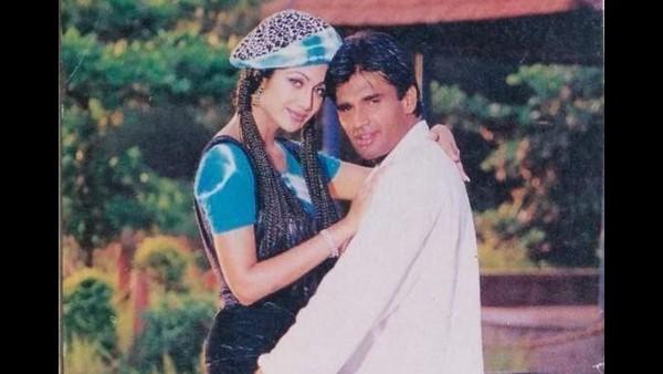 Shilpa Shetty Strikes A Pose With Suniel Shetty