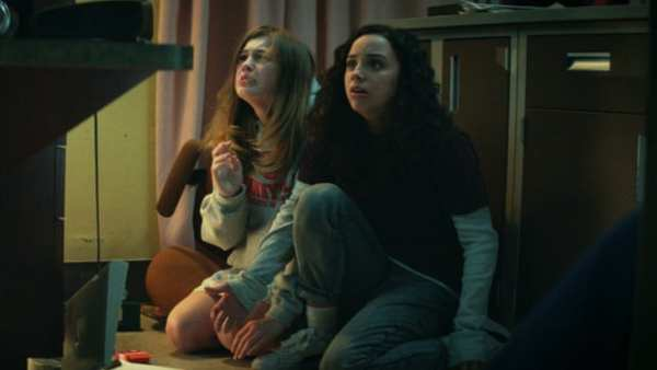 Fear Street Part 1: 1994 Movie Review: A Tribute To 90s Slasher Films With Modern YA Twist