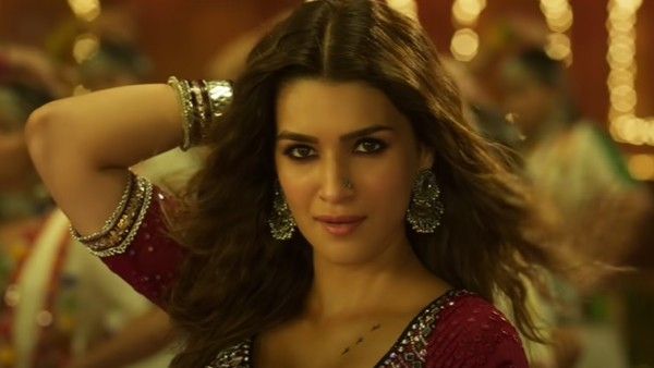 Mimi Movie Review: Kriti Sanon Delivers A 'Param Sundar' Performance Which Tugs At Your Heartstrings