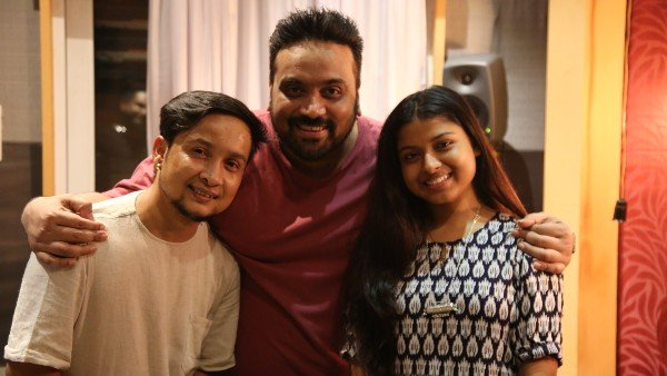 Indian Idol 12: Raj Surani Signs Pawandeep Rajan, Arunita Kanjilal And Shanmukha Priya For 20 Songs