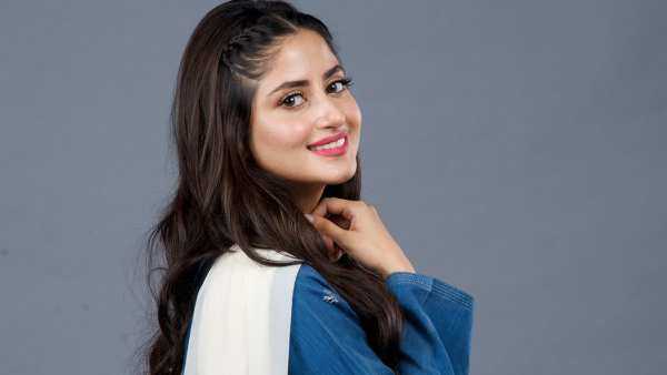 Sajal Aly Recalls Working With Sridevi In Mom, Says 'She Was Always There For Me'
