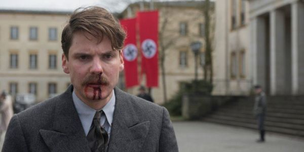 ALONE IN BERLIN Trailer