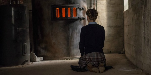 THE BLACKCOAT'S DAUGHTER Trailer