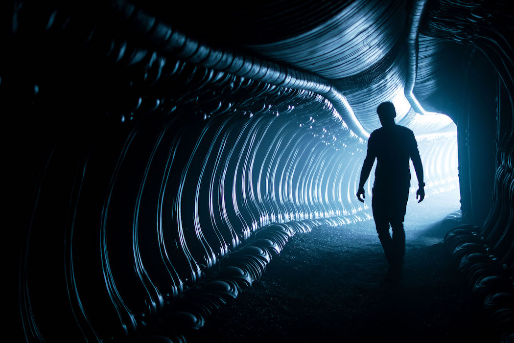 ALIEN: COVENANT: Even Ridley Scott Can't Wade Through A Script This Poor
