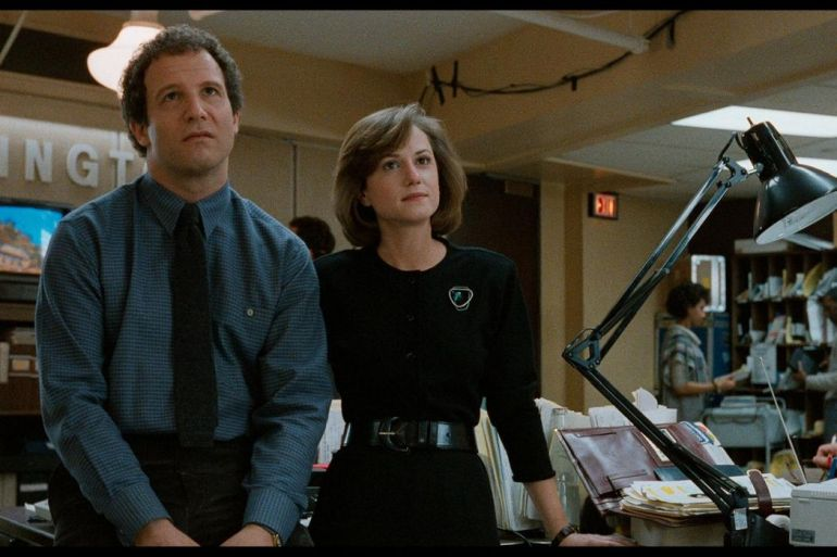 30 Years Later: BROADCAST NEWS & Being The Smartest Person In The Room