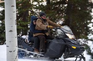 Gemeinsam machen sich Agentin Jane Banner (Elizabeth Olsen) und Cory Lambert (Jeremy Renner) auf die Suche nach dem Mörder von Natalie.