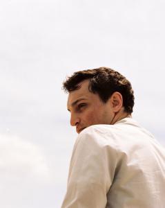 Franz Rogowski  als Georg