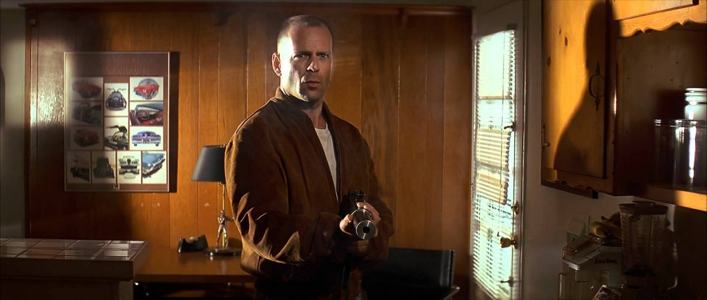 bruce-willis-pulp-fiction-filmloverss