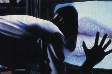 videodrome-tanrilarin-ekranlari-filmloverss