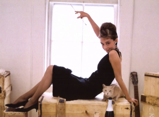 audrey-hepburn-Breakfast-at-Tiffanys-filmloverss