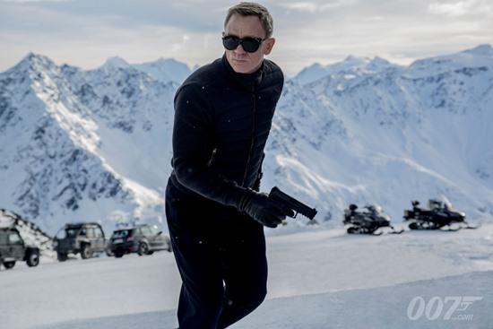 James-Bond-Daniel-Craig-Spectre-Filmloverss