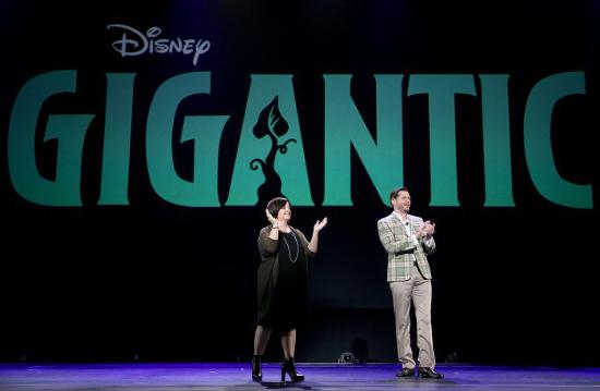 Gigantic-Disney-Jack-and-the-Beanstalk,-Jack-Fasülye-Sırığı-John-Lasseter-Nathan-Greno