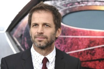 Zack-Snyder-Steven-Spielberg-Superhero-Movies-Batman-v-Superman-Filmloverss