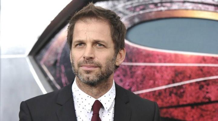 Zack-Snyder-Steven-Spielberg-Superhero-Movies-Batman-v-Superman-Filmloverss