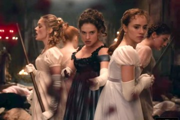 pride-and-prejudice-and-zombies-in-ilk-fragmani-filmloverss