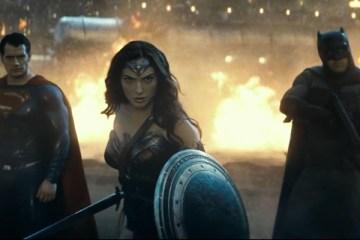 batman-v-superman-dawn-of-justice-dan-turkce-altyazili-yeni-fragman-yayinlandi-filmloverss