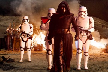 star-wars-the-force-awakens-rekorlarla-geldi-filmloverss