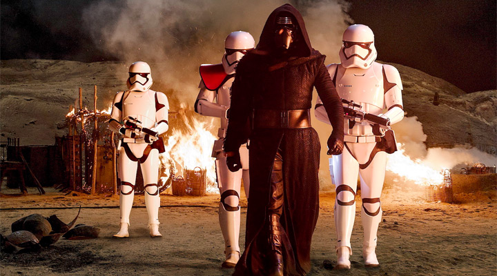star-wars-the-force-awakens-rekorlarla-geldi-filmloverss