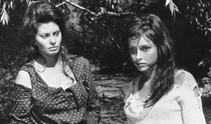 Two-Woman-FilmLoverss