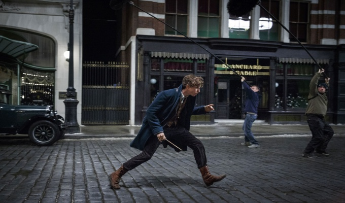 Fantastic Beast and Where to Find Them - FilmLoverss