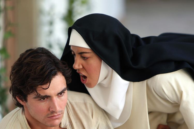 the-little-hours-dan-fragman-filmloverss