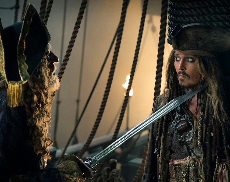 karayip-korsanlari-salazarin-intikami-pirates-of-the-caribbean-dead-men-tell-no-tales-filmloverss