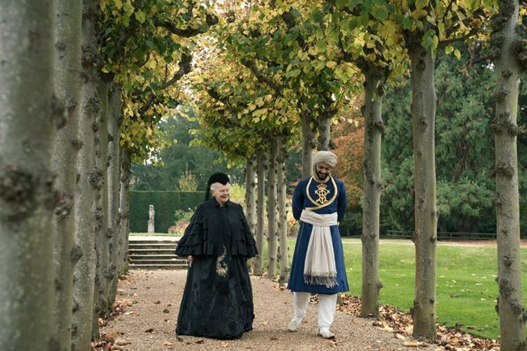 judi-dench-li-victoria-and-abdul-fragman-filmloverss