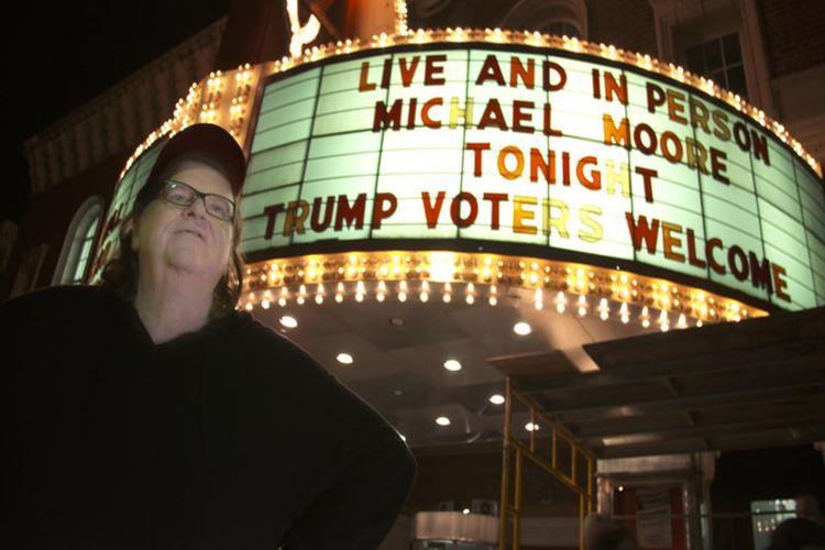michael-moore-in-trumpland-filmloverss
