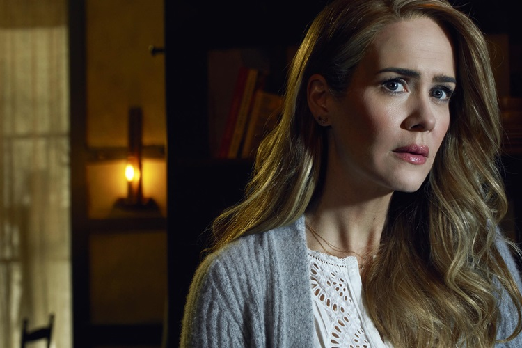 sarah-paulson-m-night-shyamalan-in-yeni-filmi-glass-in-kadrosuna-katildi-2-filmloverss