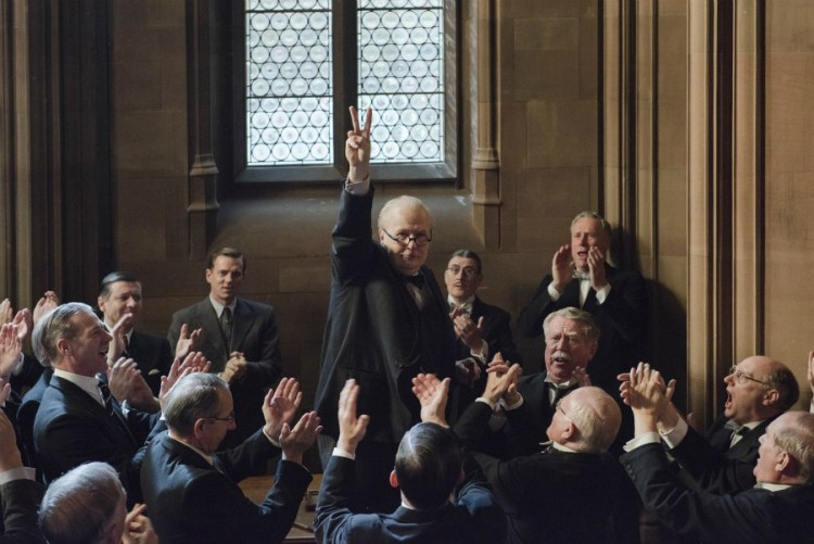 darkest-hour-gary-oldman-filmloverss