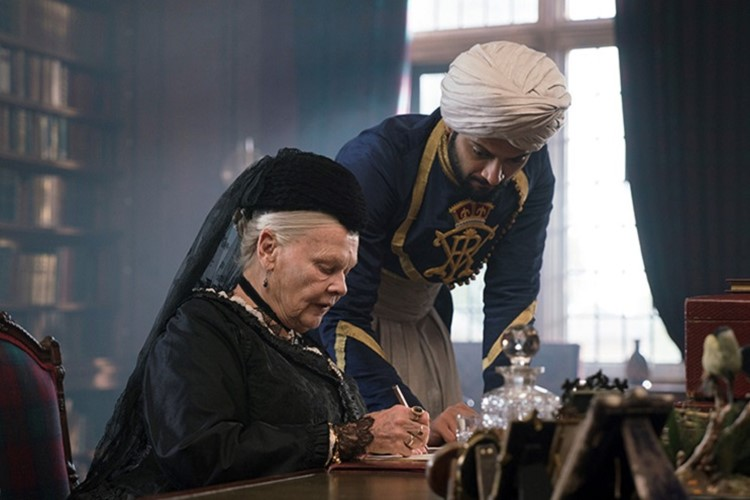 victoria-and-abdul-filmloverss