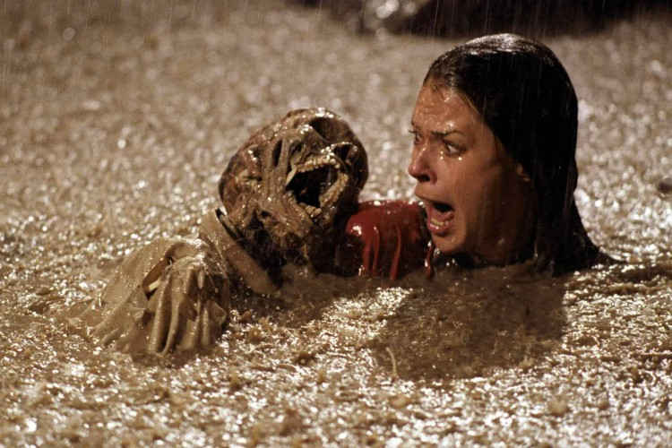 still-of-jobeth-williams-in-poltergeist-1982-filmloverss