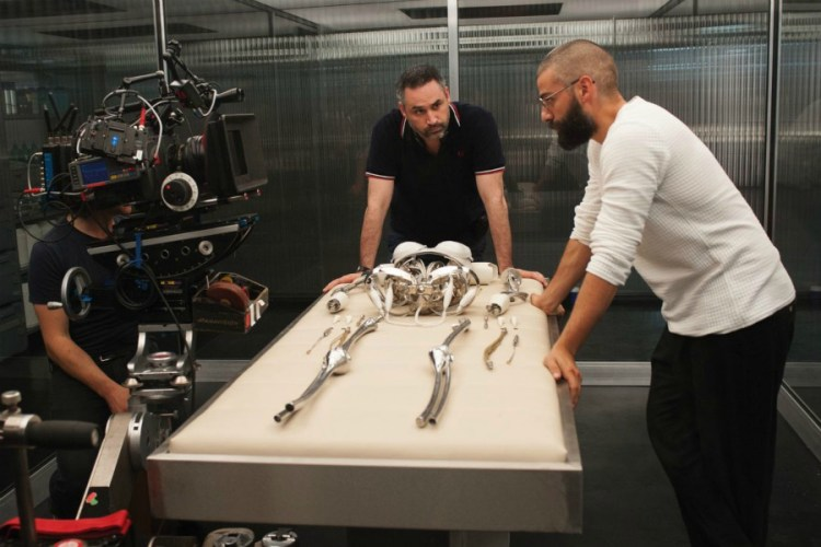 alex-garland-ex-machina-filmloverss