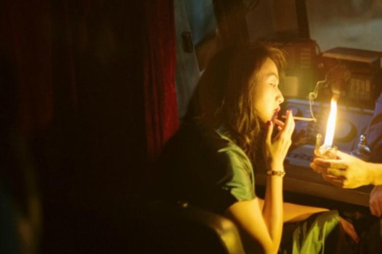 Long-Days-Journey-Into-Night-4-filmloverss