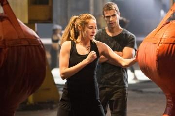 -Divergent-2014-Stills-theo-james-35307277-3000-2000