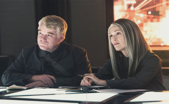 Mockingjay-Part-1-Hoffman-filmloverss