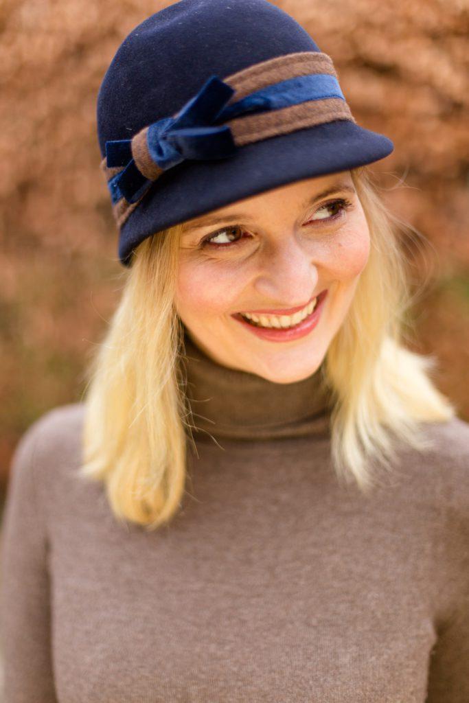 Probiert doch einfach mal einen Hut aus!