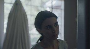 A Ghost Story: Kritik zum traurigkomischen Geisterdrama